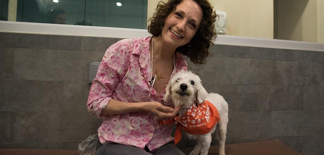Bebe Neuwrith with a dog