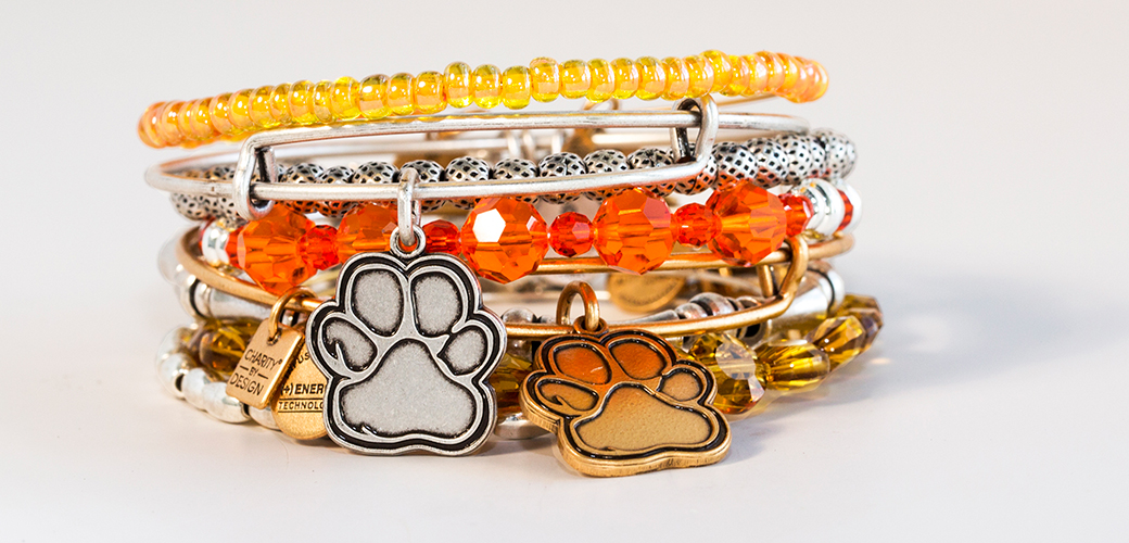 "Lifestyle Brand Alex and Ani Creates ""Prints of Love"" Bangles in Support of ASPCA"