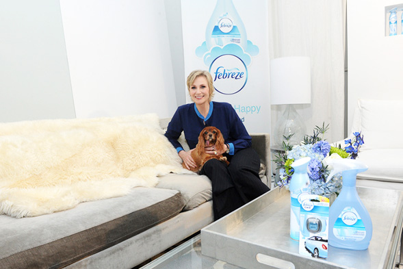 Febreze Teams Up With Actress Jane Lynch and the ASPCA