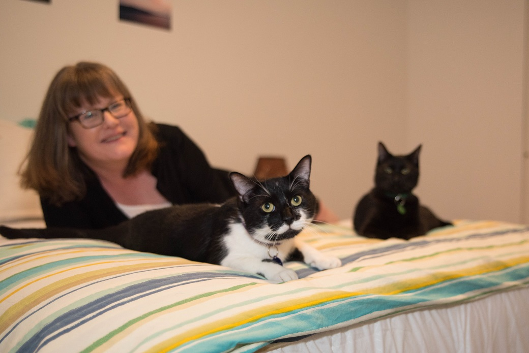 Deirdre, Jupiter and Skylar at home.