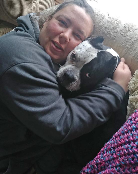 Tonya hugging fajita