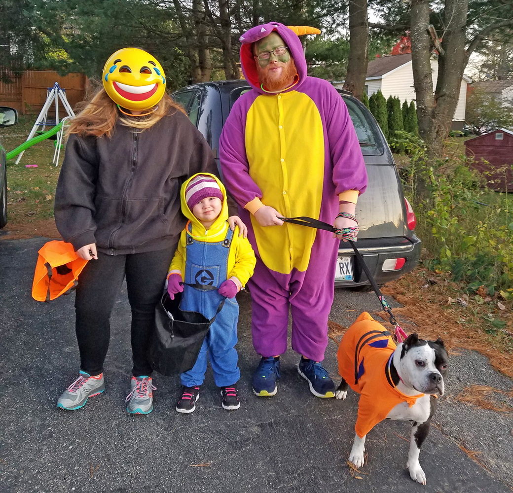 Fajita and her family trick or treating