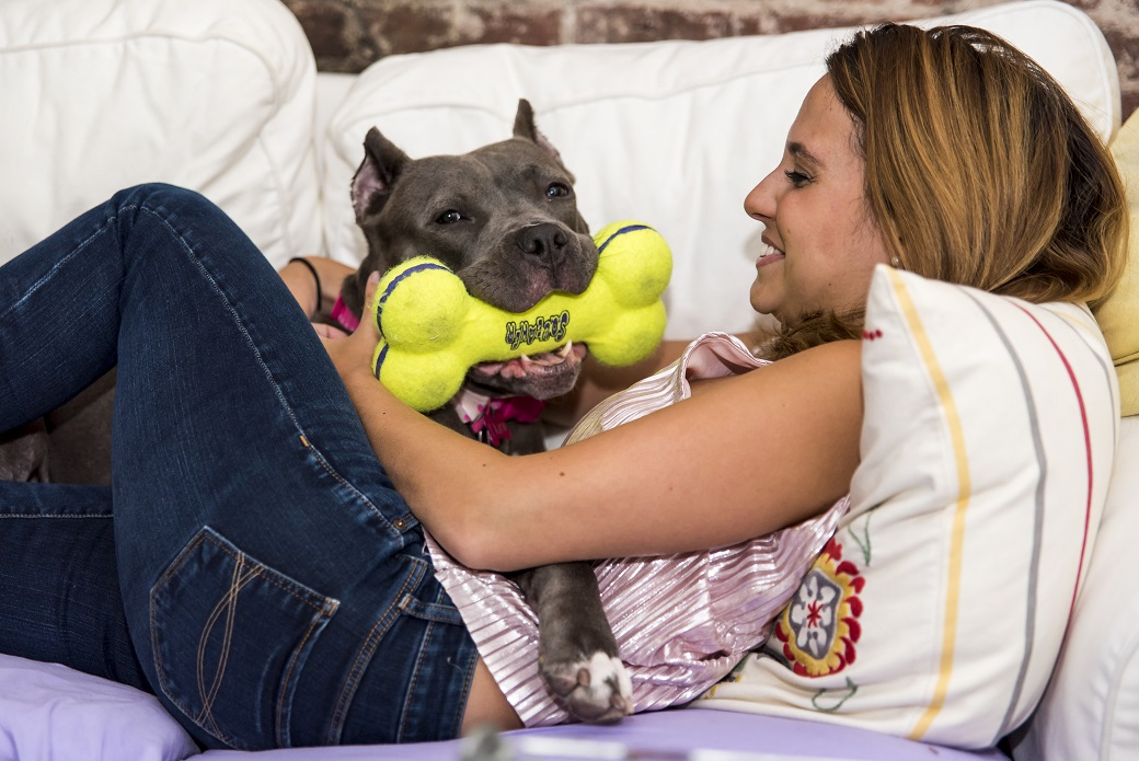 Zaza with a toy and Stacy